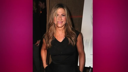 Jennifer Anniston Gives Leftover Ice Cream to Strangers