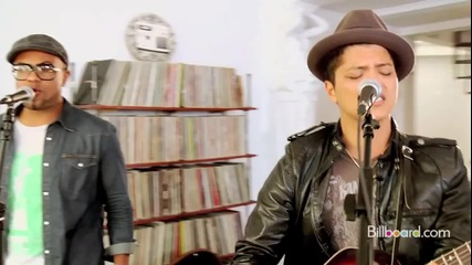 Невероятно добро изпълнение! Bruno Mars - Grenade + превод