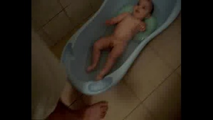 Бебе Плувец