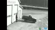 Автокрадец не може да подкара кола