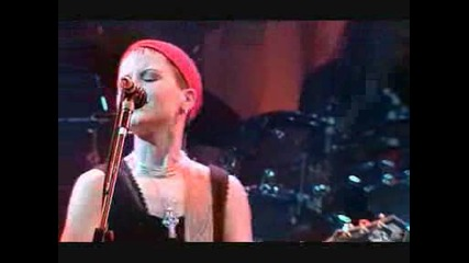 The Cranberries - Waltzing Back (high quality)