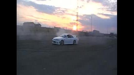 mercedes c220 and nissan skyline drifting
