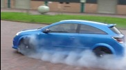 420 Bhp Astra Vxr Small Burnout for Fast Car Mag Smeigh Sp