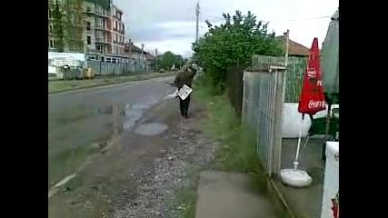 Мноооого пиян марширува - смях
