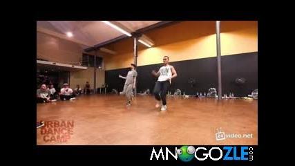 танц от момче и момиче