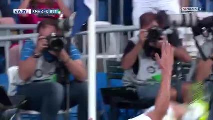 Вижте феноменалния гол на Хамес Родригес срещу Реал Бетис
