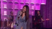 Невероятно живо изпълнение на Selena Gomez - Come And Get It