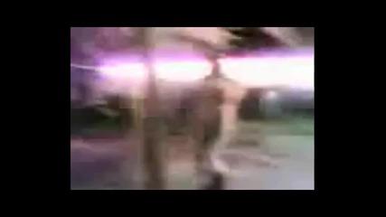 обстрелват Чаршаф със Фойерверки