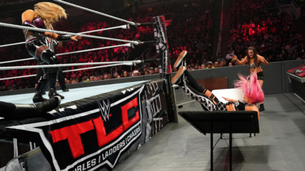 Natalya viciously sends Liv Morgan crashing through a table: WWE TLC 2018 (WWE Network Exclusive)
