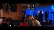 Филмът Отново на 17 (2009) / 17 Again [част 6]