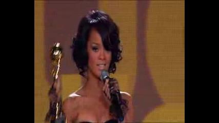 Rihanna Accepting Her Wma Award!