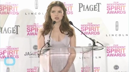 "Anna Kendrick Horrified by Her ""Britney Spears Smile"" in Red Carpet Photos"