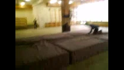 Niketo Super - Man front flip