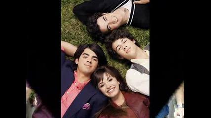 Jonas Brothers Play My Music # !!!