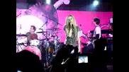 Avril Lavigne - Sk8 Boy [live]