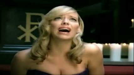 Liz Mcclarnon - Woman In Love превод