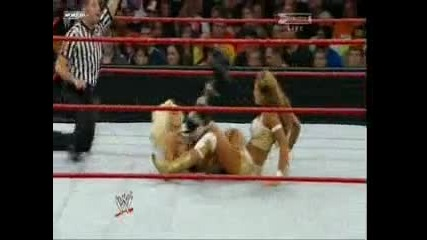 Over The Limit 2010 - Maryse vs Eve ( Divas Championship)