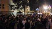 Протестиращи атакуват сградата на президентството в Македония