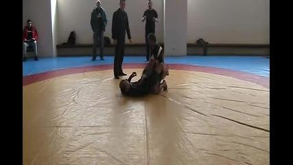 Победа за Светлин Арнаудов в Граплинг турнир 02.02 .2012 ! Част 1