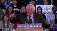 USA: Sanders takes aim at Donald Trump ahead of crucial caucuses