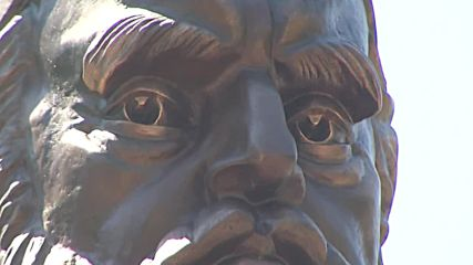 Russia: Statue of Persian poet Omar Khayyam unveiled in Astrakhan