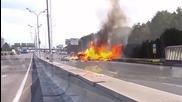 Газови бутилки експлодират след катастрофа