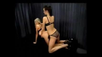 Секс Пози С 2 Страхотни Мацки ( 2 Част )