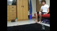 Луд маистор с пинг понг топчета