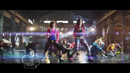 Bella Thorne & Zendaya Coleman - Watch Me
