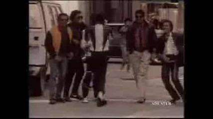 Майкъл Джаксън - Една легенда която никога няма да забравим! Обичаме те Майк! ;( (h)