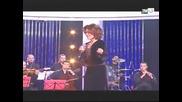 Samira Said El Fadl Yergaalak in 2009 Sahran Maak Aleyla on 2m
