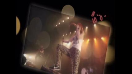 Hayley - - W.i.l.l.i.a.m.s. // Blo - O - O - O - O - Ww ...