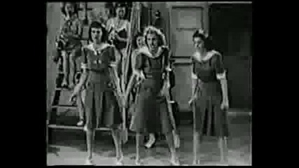 Andrew Sisters - Hit The Road