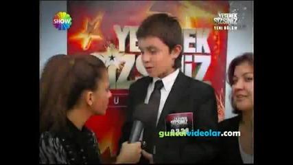 12 годишно момче танцува като Майкъл Джексън