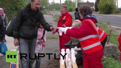 Унгария: Червеният кръст осигурява подпомагане на бежанците по австрийската граница