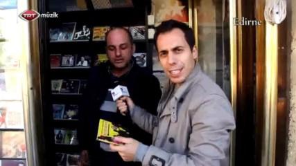 """""""Лудият репортер"""" под прикритие ;)"""