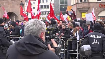 Germany: Counter-demo confronts PEGIDA protest in Nuremberg