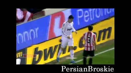 Bits and pieces - Cristiano Ronaldo scaring booing fans