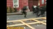 Полицаи В Десйтвие (смях до скъсване)