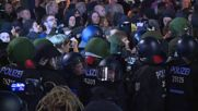 Germany: Clashes break out as 7,000 rally against eviction of left-wing squat