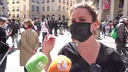 France: Entertainment industry workers rally against restrix with Paris flash mob