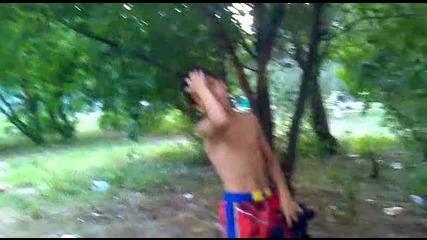 Люлинчанския циганин Стефчо стана дядо за 3 минути, и демонстрира как се чешат мечките xd