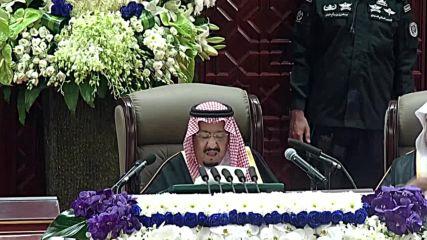 Saudi Arabia: King Salman pledges Saudi Arabia will fulfil 'God's sharia law'