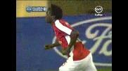 гол на Емануел Адебайор (виляреал 1 - 1 Арсенал)
