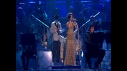 Rihanna Ne - Yo - Umbrella / Hate That I Love You (live)