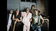 *превод* Deep Purple - A Touch Away