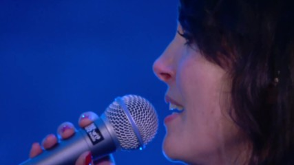 Jasper Steverlinck & Sharon den Adel - Ice Queen * live at Music For Life 2018 *