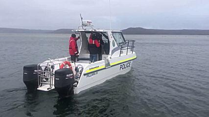Australia: Rescue effort underway for hundreds of whales stranded off Tasmania