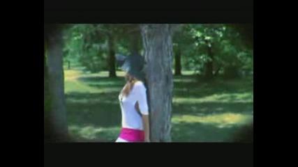 Каролина Гочева - Дафино Вино Цървено