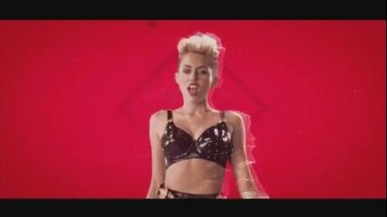 Майли Сайръс в България / a.k.a. Miley изтърва коня